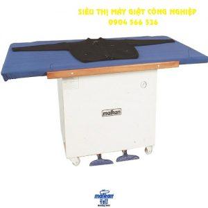Bàn ủi hệ thống trung tâm cho đồ dệt kim MalKan MTRU3